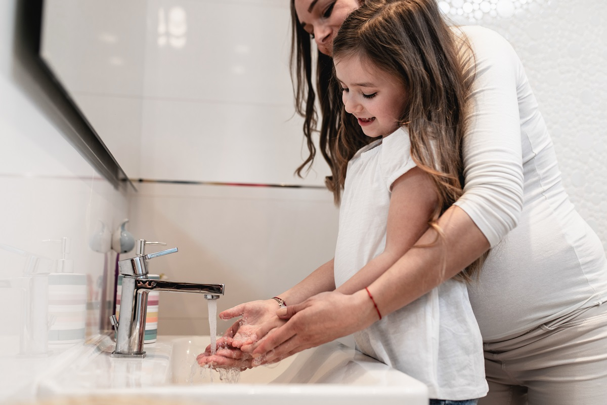 Peconic_Bay_Medical_Center_Tips_to_Ensure_Proper_Handwashing_and_Its_Importance_IMAGE1_1.jpeg