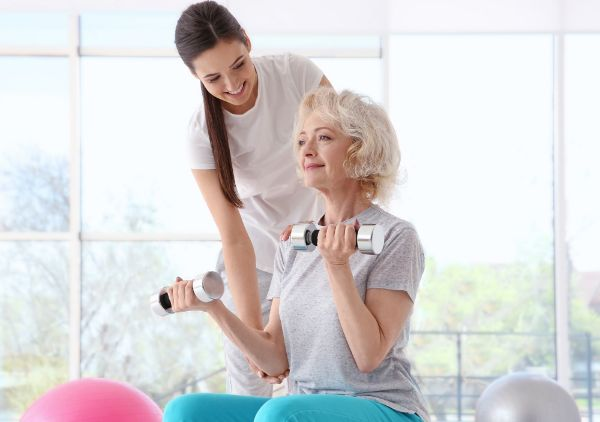 How-Physical-Therapy-Helps-in-Treating-Osteoporosis_IMAGE1.jpeg